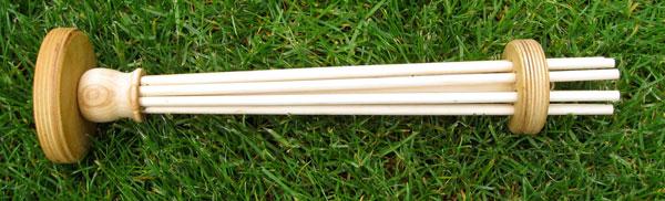 canada-skein-holder-2